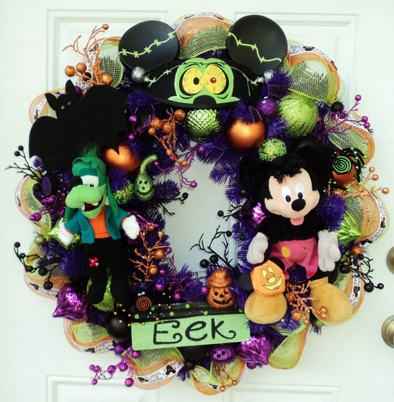 Halloween Disney Wreath Mickey Mouse Werewolf Goofy Frankenstein