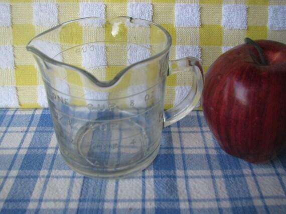 Measuring Cup Glass Triple Spout Hazel Atlas Vintage 1940's