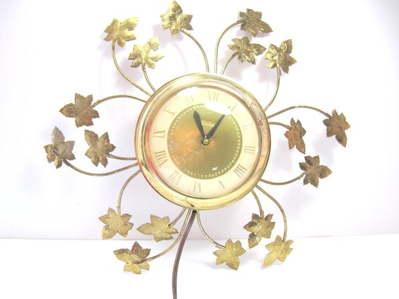 Vintage 1950's Sunburst Style Gold Tone Ivy Leaf Electric Wall Clock by United Clock Corporation, Works