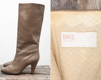 Vintage Women Knee High Leather Boots / Vintage Women Light Brown Long Leather Shoes by Hogl / Size 35 / US 5 / UK 2.5