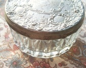 Antique Vintage powder makeup dish bowl glass with silver antique round lid