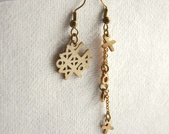 X O game Earrings - Geometric - Brass sheet Hand-cutting