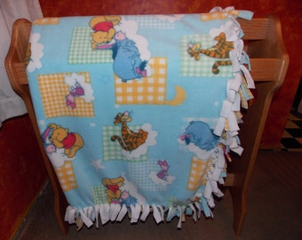 Pooh and Friends Fleece Tie Throw