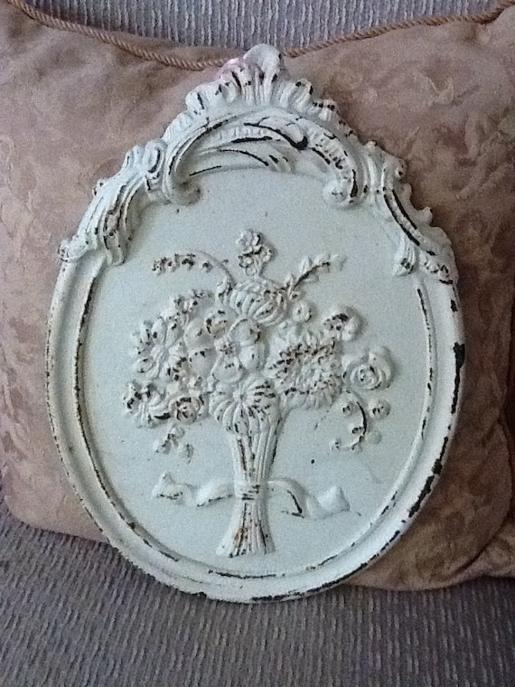 Vintage Cast iron painted white wall hanging flowers floral shabby chic cottage