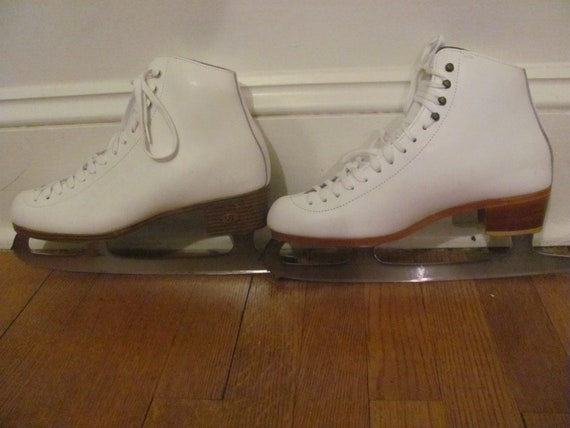 Riedell Ice Skates Womens Size 8.5 White
