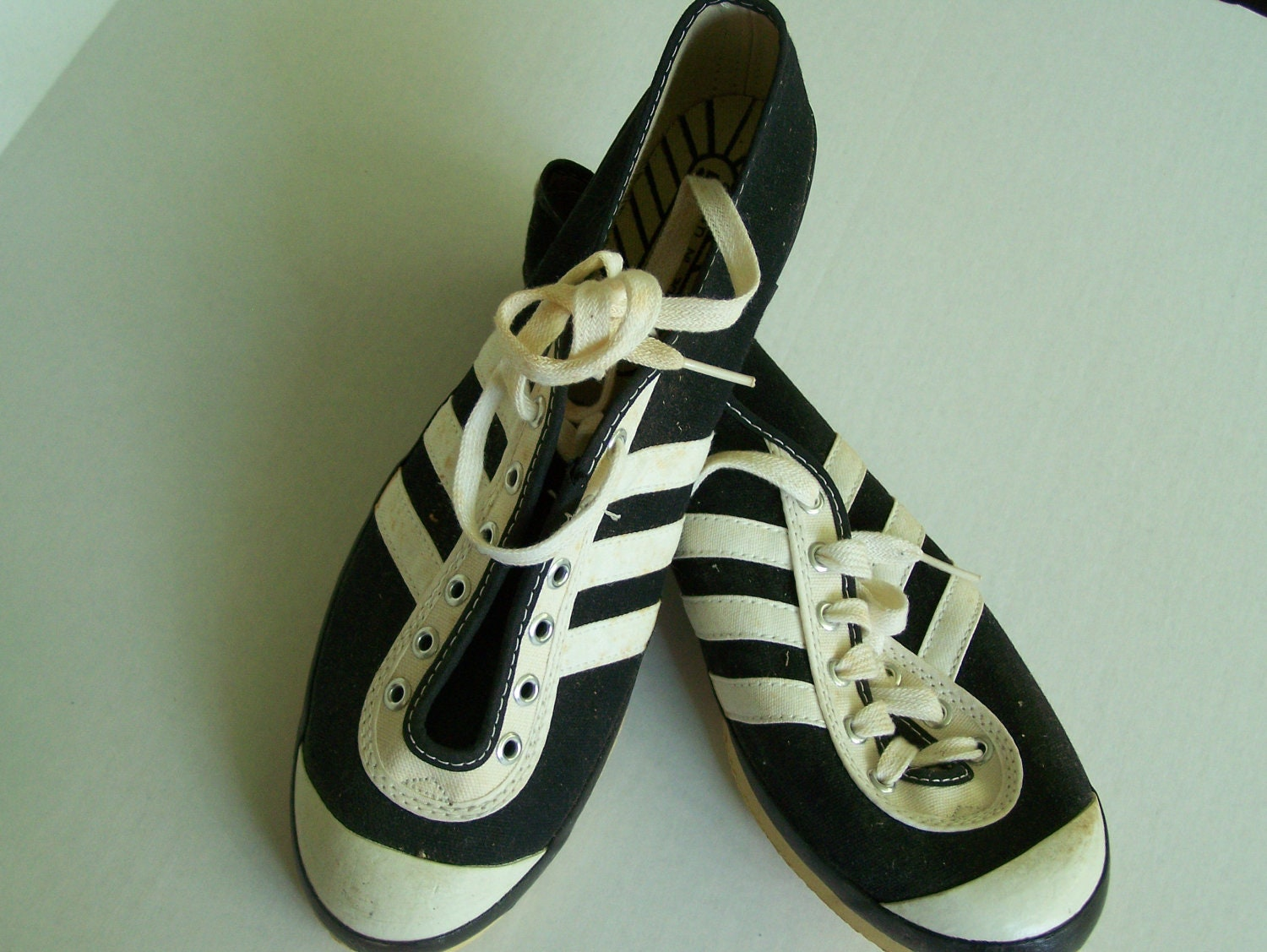 Track King Track Shoes Vintage 3 Striped 1970s New Old Stock