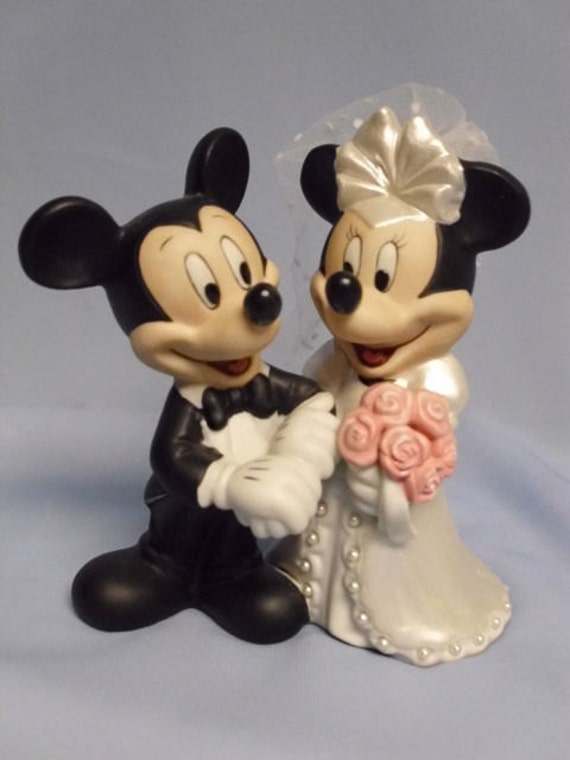 mickey and minnie mouse wedding cake toppers uk mickey and minnie mouse wedding cake topper 17343