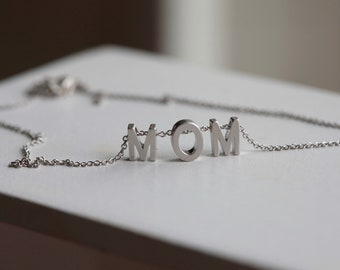 MOM Necklace -Mother's Day - Mom pendant  - Name Necklace Mother Necklace