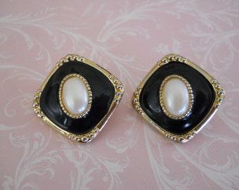 Vintage Black Laquer and Diamond Goldtone Earrings