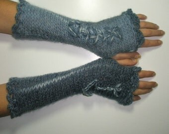 Grey-blue multicolor fingerless embroidered gloves