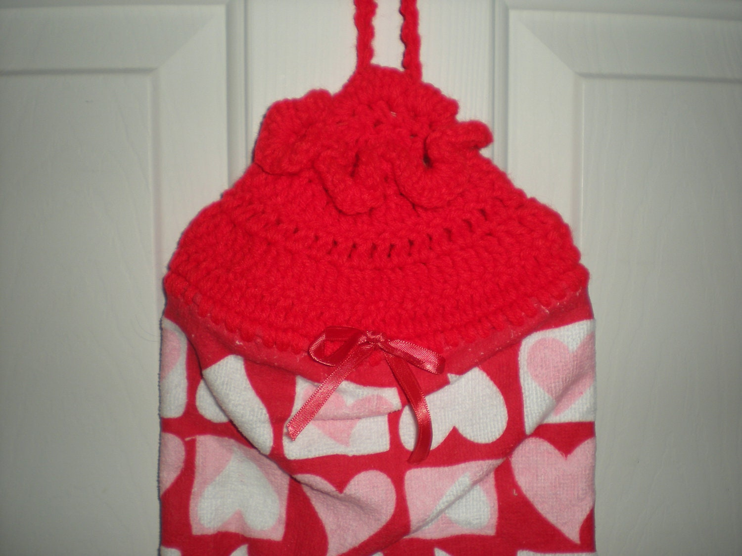 Crochet Pattern Plastic Bag Holder : Crochet Plastic Bag Holder Red with Hearts by ...