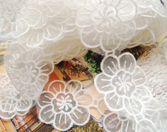 off White daisy applique, white lace flowers, organza flower lace trim, embroidered daisy flower lace, 2 yards