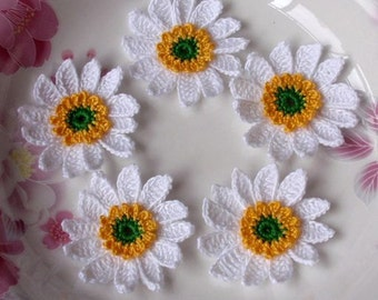 5 Crochet Flowers in 1-3/4 inches YH-043