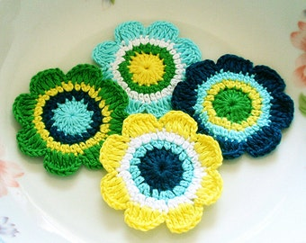 4 Crochet Flowers In Lemon, Green, Aqua, White, Teal YH-046-02