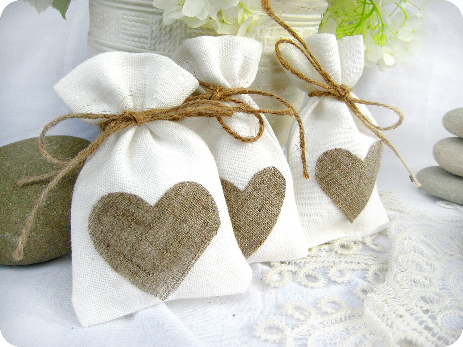 Wedding favor bags set of 35 white rustic linen wedding for Wedding favor gift bags