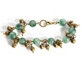 Holiday Green Sleigh Bells Bracelet - green beads, charms, jingle, wire-wrapped, holiday, festive, winter fashion