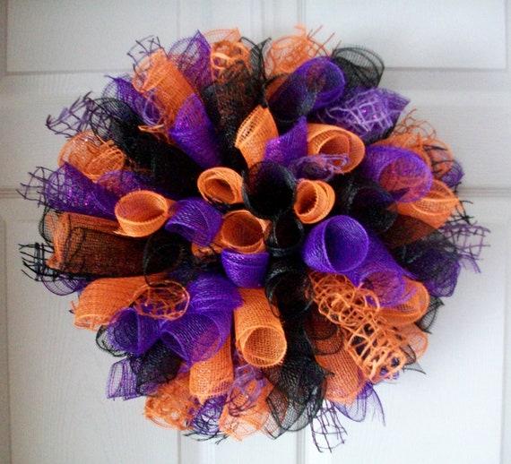 Halloween Spiral Deco Mesh Wreath