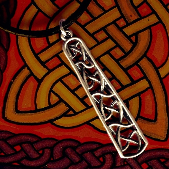 Celtic Sterling Silver Pendant with Unique Woven Dara Knot and Chain CP-24
