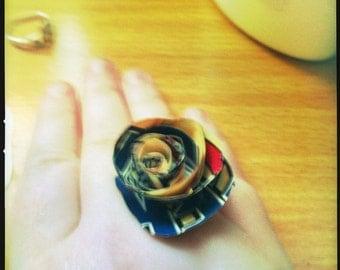 Comic book ring, paper flower, marvel dc