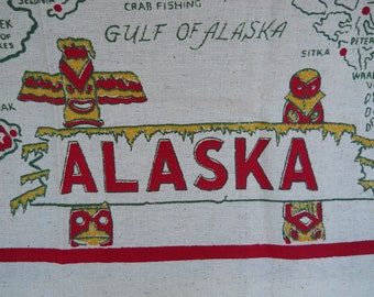 Alaska State Souvenir tablecloth and 4 napkins, mint, no tag, pre-statehood, Red, Green, Yellow
