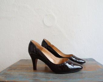 1960s Shoes / Patent Leather 60s Heels