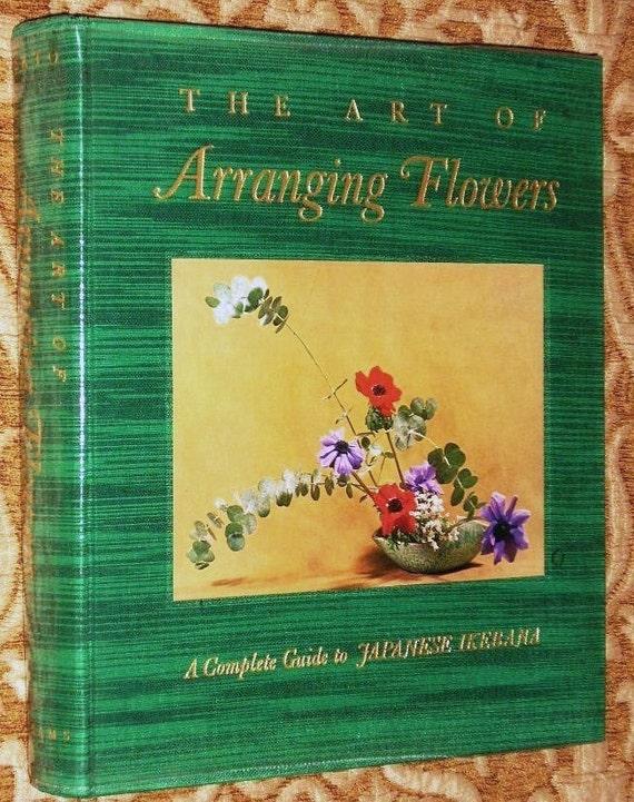 Arranging Flowers JAPANESE IKEBANA Shozo Sato Guide Book - Beautifully Illustrated