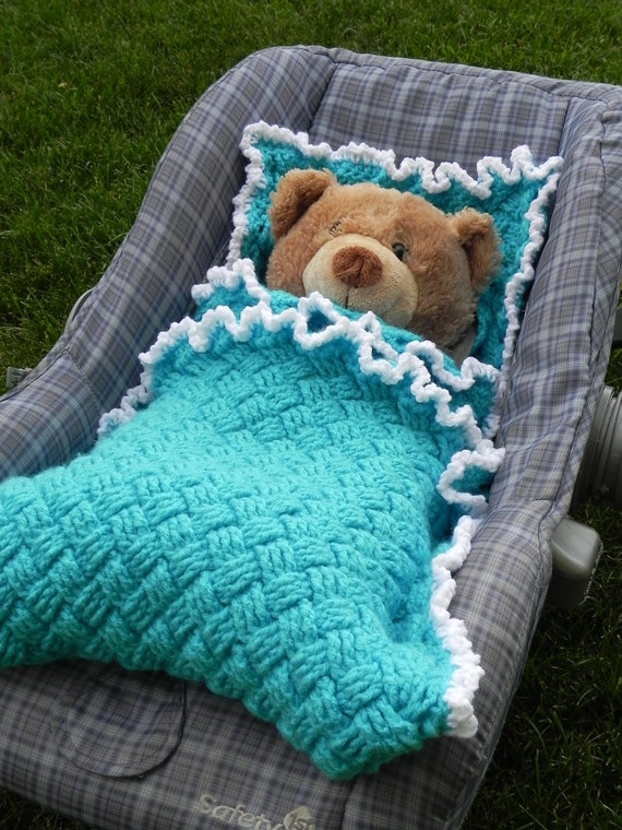 Winter Car Seat Blanket Crochet Pattern