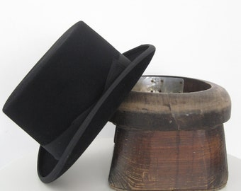 Wool Felt Top Hat