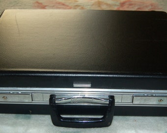 Vintage Black Briefcase Leathercraft Traditional Attache Case