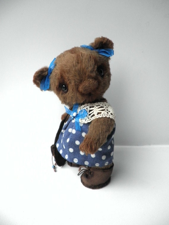 "Artist Bear ""Taja"" by Alina Kushnir OOAK 11.5 santimeters tall"