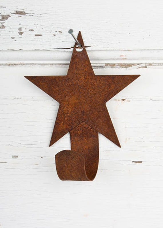 Primitive rusty tin star hanger rustic country home decor for for Country star decorations home