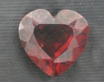 8mm faceted garnet heart gem stone gemstone