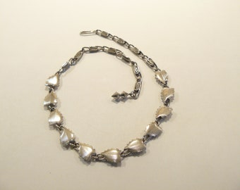 Beautiful Vintage Chrome Plated Leaves Necklace