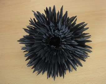 large black spikey gerbera hair clip