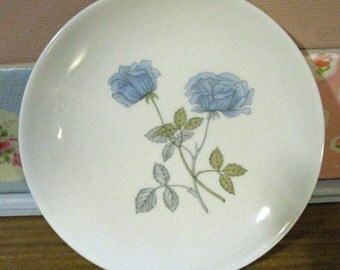 Wedgwood china patterns, Ice Rose side plate, vintage decorative plates 1980s