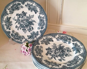 Vintage Wedgwood ironstone  china set of side plates with the cottage rose pattern. Manufactured for Ringtons tea merchants in the 1980's