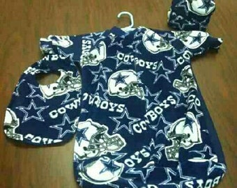 Dallas cowboys baby zippered sleeper with bib booties and cap