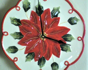 Christmas Wall Clock in Red Poinsettia