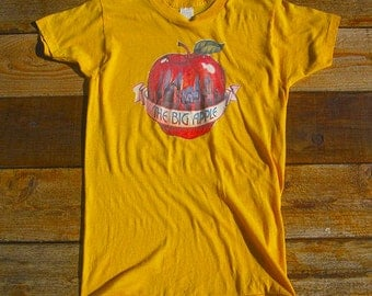 Vintage 70s Sm/Med The Big Apple Classic New York T-Shirt
