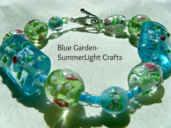 Blue Garden Lampwork Glass Beaded Bracelet