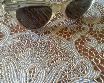 Vintage Womens Cat Eye Victory Sun Glasses
