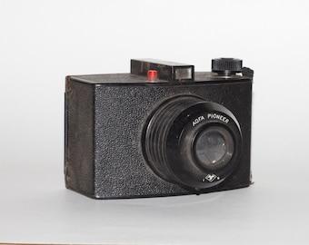 Vintage Agfa Pioneer Camera, Decorater Display Camera