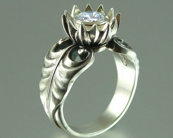 WHITE LOTUS silver ring with White Topaz