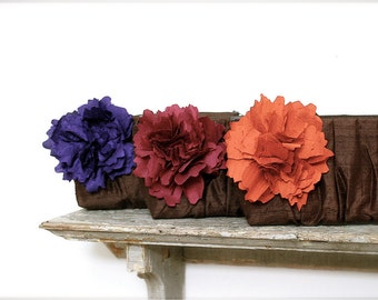 Burgundy Bridesmaid Clutch. Purple Wedding Clutch. Fall Wedding. Autumn Wedding. Personalized Clutches. Monogram Clutch. Gift for Bridesmaid
