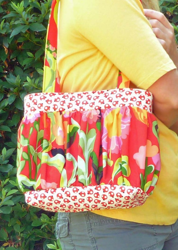 Purse pdf Sewing Pattern - Aivilo Pouf Purse - in adult and child sizes - easy to sew - Download Instantly