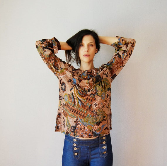 vintage BOHEMIAN blouse / 1970s paisley print HIPPIE blouse