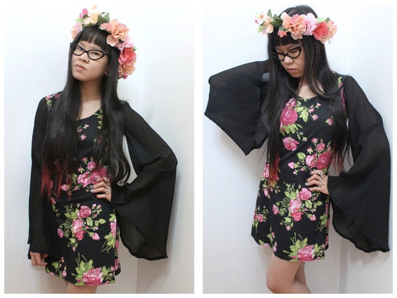Rose Printed Wing Dress - S