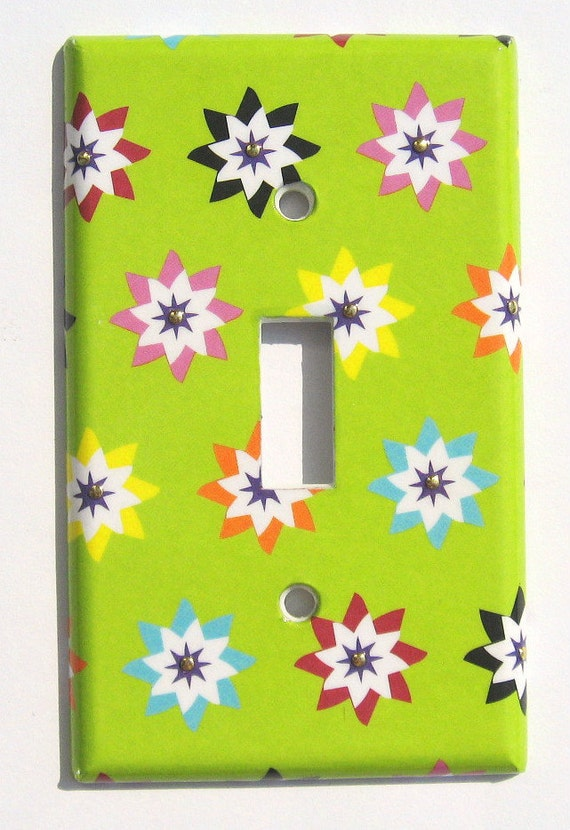Retro Mod Flowers Gold Rhinestuds Light Switch Plate Cover Lime Green Room Wall Decor (L25)