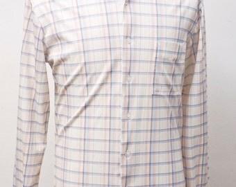 Men's Shirt / VIntage Plaid Button-Down / Size Medium
