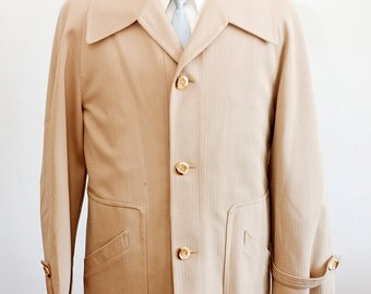 Men's Size 42 Beige Vintage Overcoat with Removable Red Lining